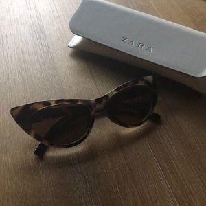 Zara Cat Eye Sunglasses